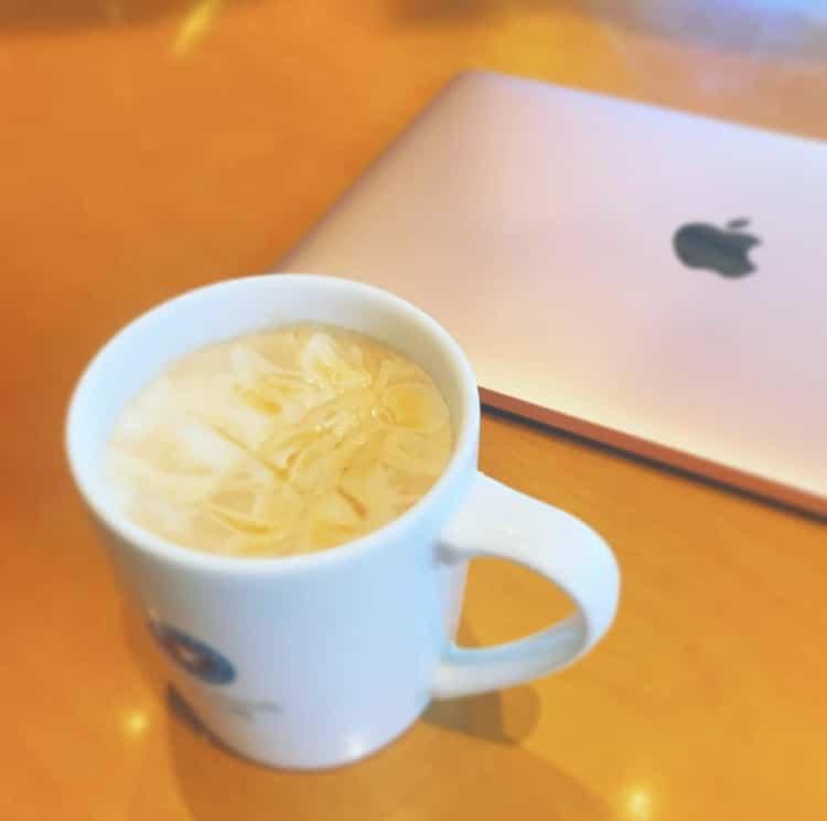 エクセルシオールカフェとMacBook
